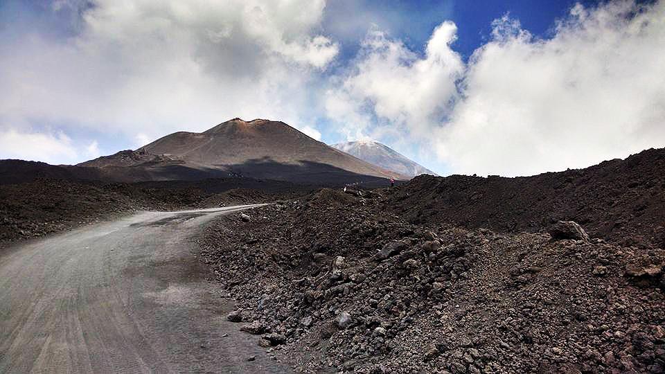 Mount-Etna 2