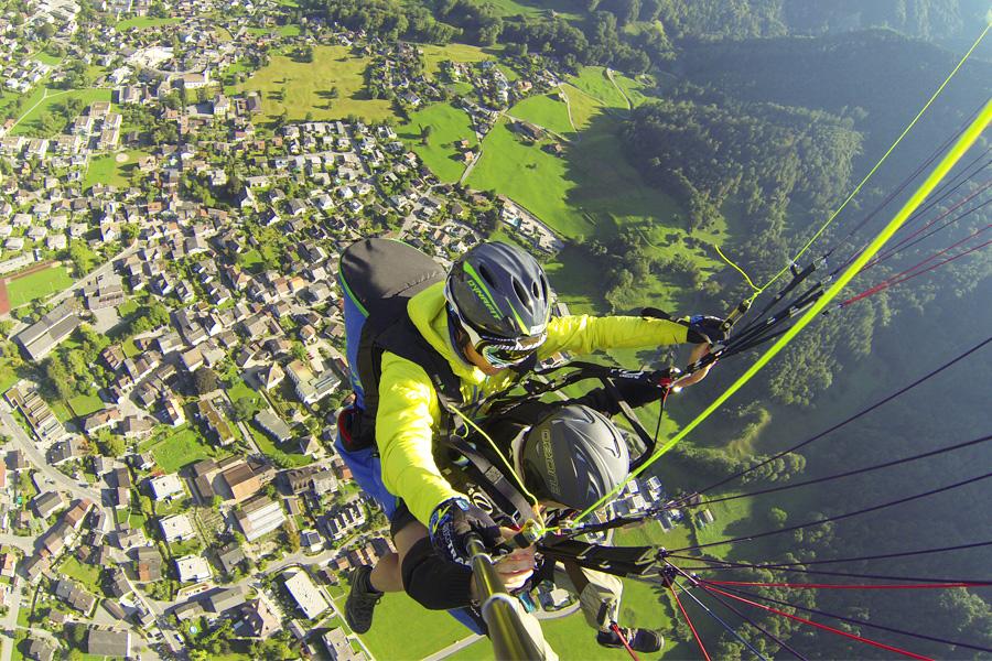 Paraglide aerial