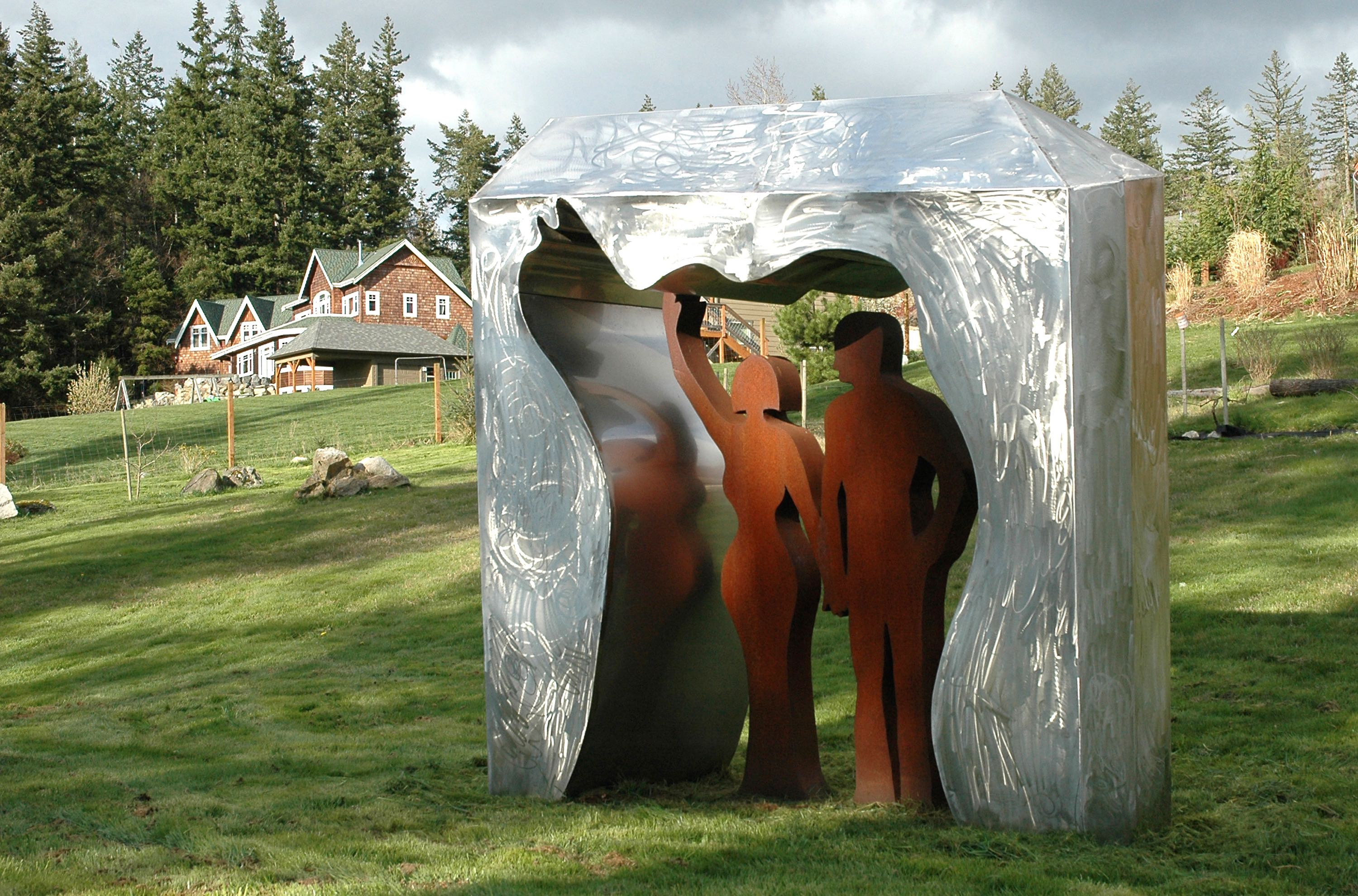 Anne Mikkelsen arched greeters