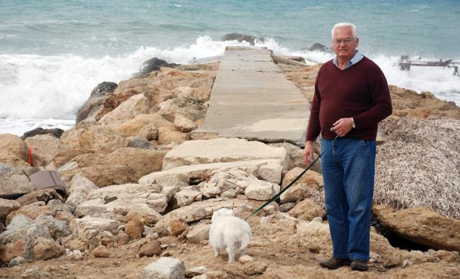 Walter walking dog