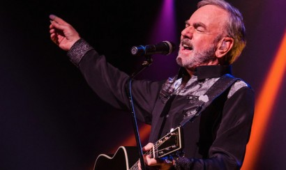 Neil Diamond lead