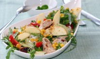 SUMMER-SALAD-WHIT-CHICKEN